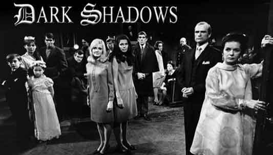 2012-04-23-darkshadows_bw