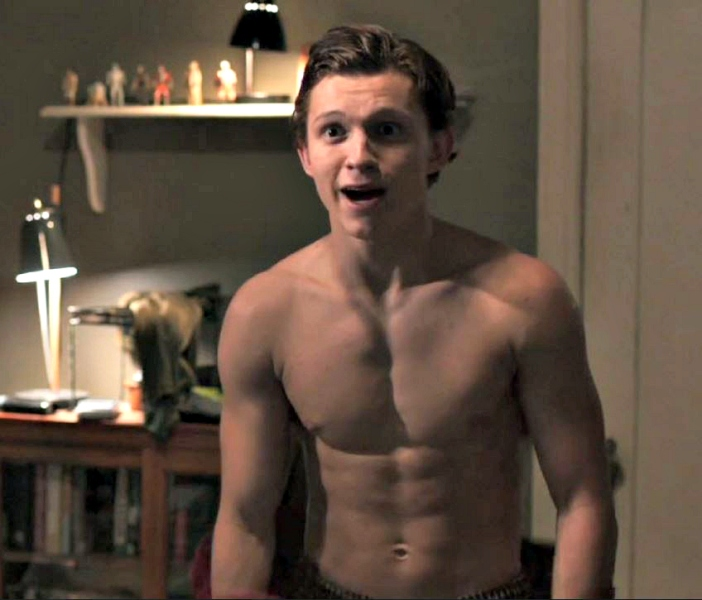 Tom-holland-shirtless-spiderman