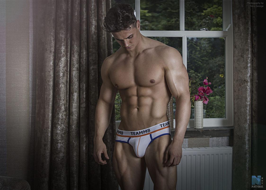 fitness-male-model-photo-men-71-1124x803